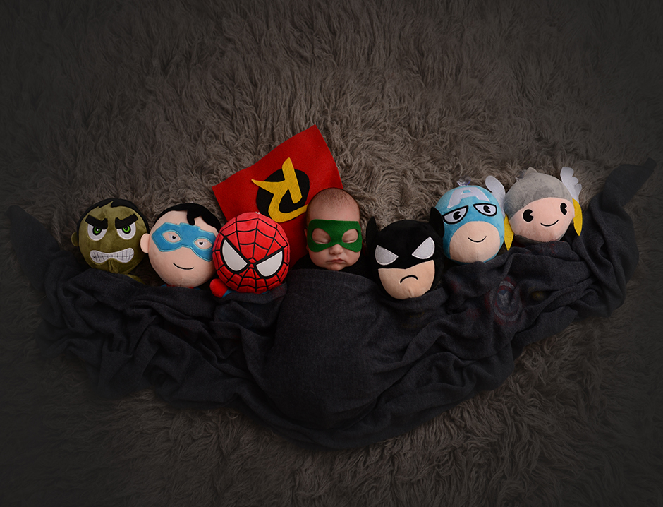 newborn photographer - ohio - cleveland - _ superhero _3703