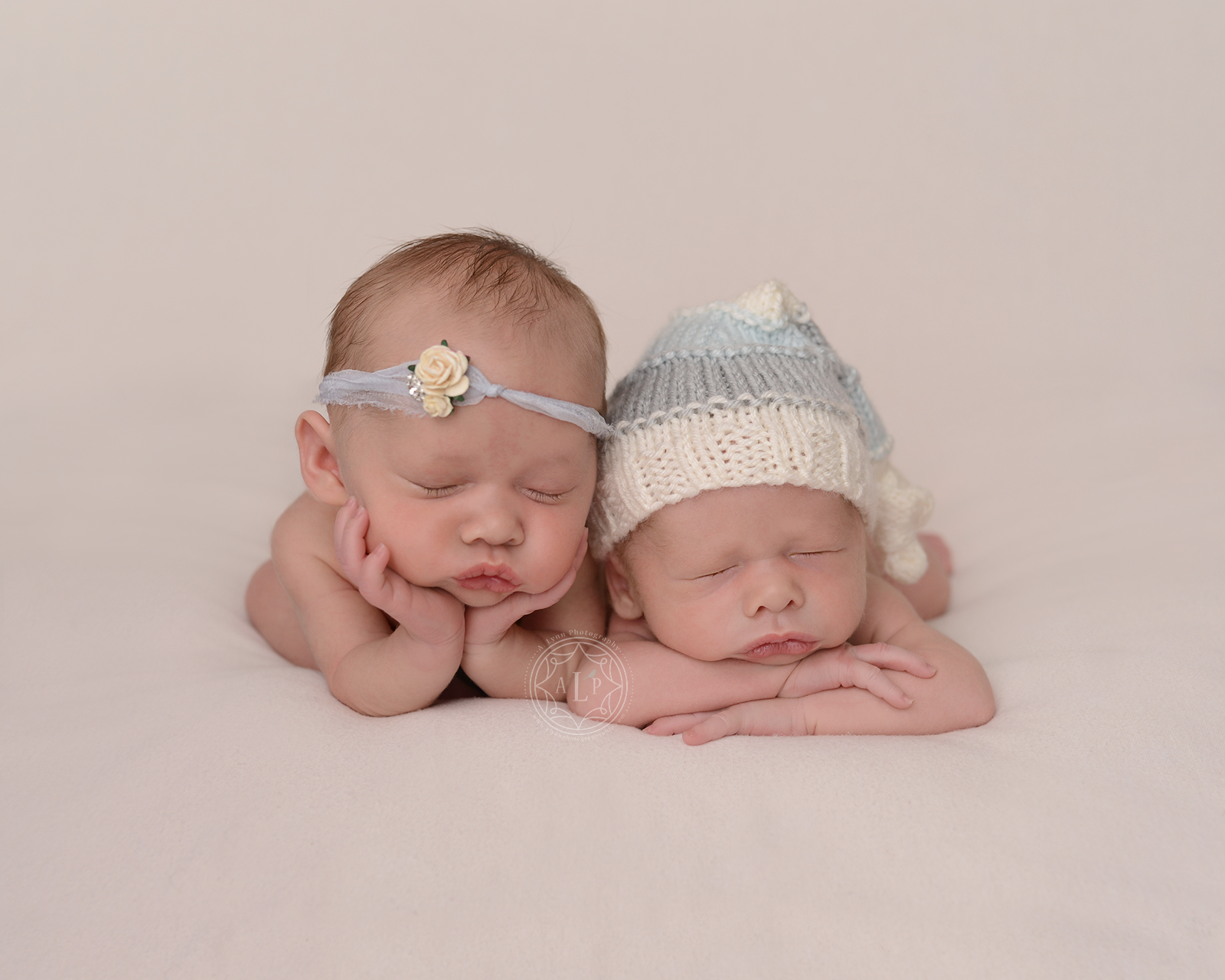 newborn photographer twins cleveland ohio DSC_5436