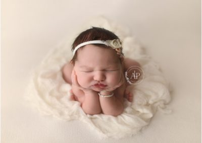cleveland_akron_canton_infant_baby_newborn_photographer