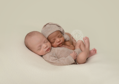 newborn_photographer_cleveland_ohio_twin_boys_8498 2